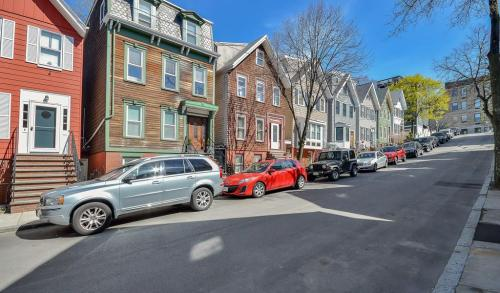Dorchester Heights � Local and Long Distance Moving Companies