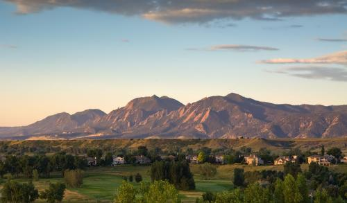Longmont � Local and Long Distance Moving Companies