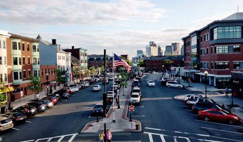 East Boston � Local and Long Distance Moving Companies