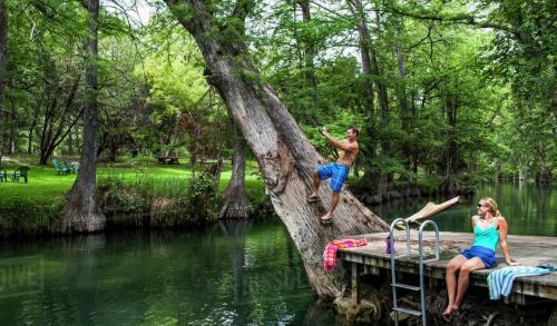 Wimberley � Local and Long Distance Moving Companies